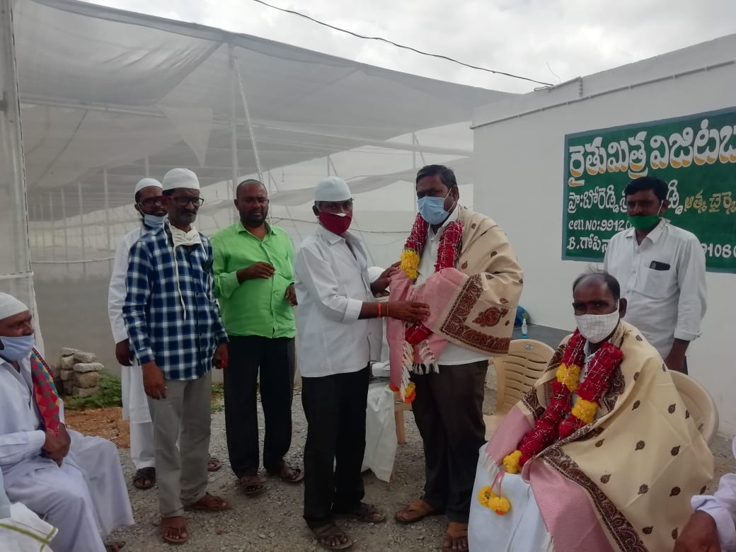 Mettu Venkateshwara Reddy | Chairman of the Agricultural Advisory Council | YSRCP | Mettupalle | Peapully | Kurnool | Andhra Prdesh | Social Services | Congress | theLeadersPage | Dhone