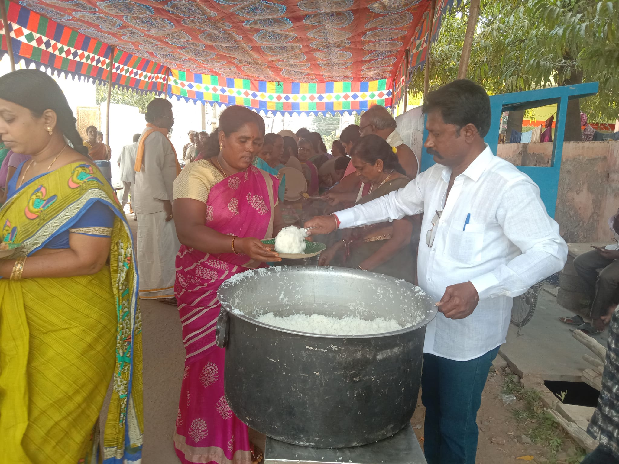 Paladugu Venkatesh Chowdary | Contested 43rd Division Corporator | Social Activist | Active Leader | Founder and the Chairman of the Paladugu Trust | Congress | INC | Akkireddygudem | Musunuru | Vijayawada | Vijayawada West | Krishna | Andhra Pradesh | theLeadersPage