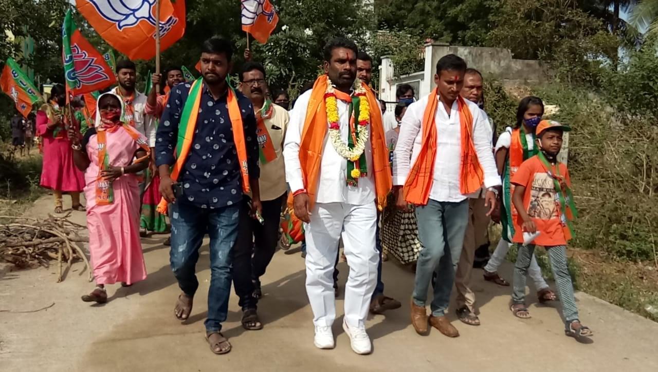 Korvi Shankar | Shankar | Mandal President | Village President | Mandal Parishad Secretary | Active member | Student Leader | ABVP | BJP | A.P. Lingotam | Narketpally | Nakrekal | Nalgonda | Telangana | theLeadersPage