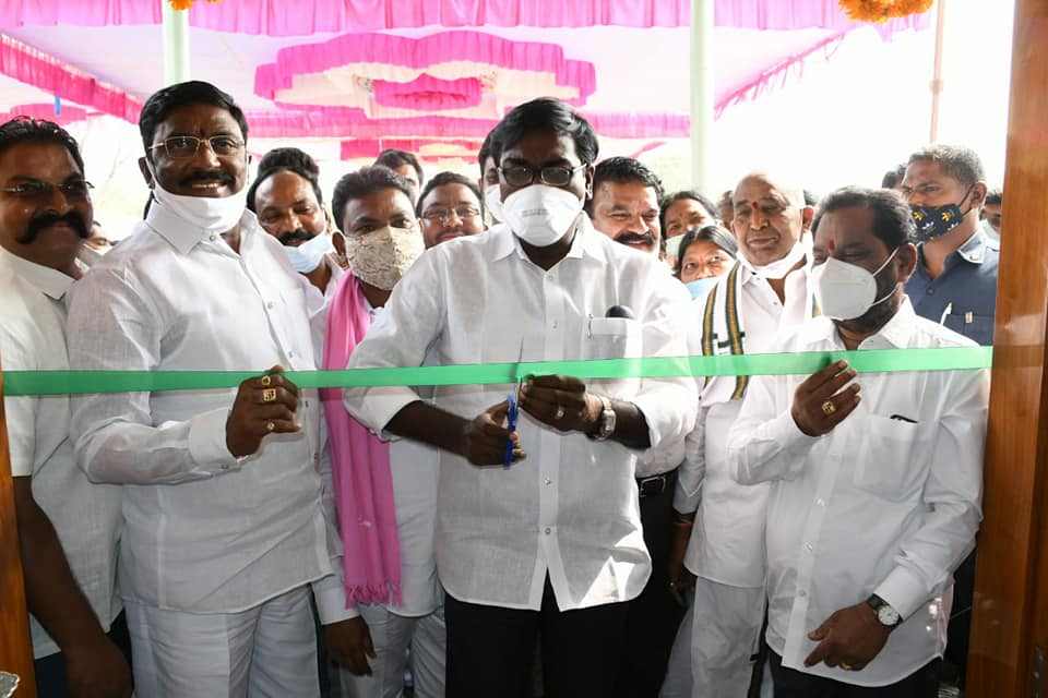 Rega Kantha Rao | MLA | Congress | TRS | Government Whip | Kornupally | Karakagudem | Pinapaka | Bhadradri Kothagudem | Telangana | theLeadersPage