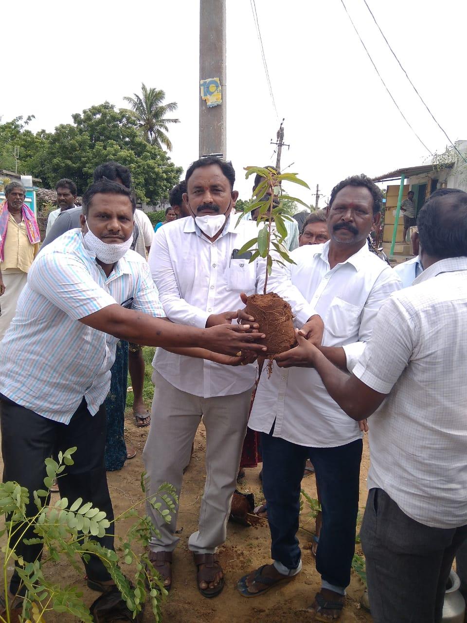 Uppalapati Siva Rama Raju   Village President   Senior Leader   Party Activist   Social Activist   Congress   YSRCP   Ananthavaram   Tangutur   Kondapi   Prakasam   Andhra Pradesh   theLeadersPage