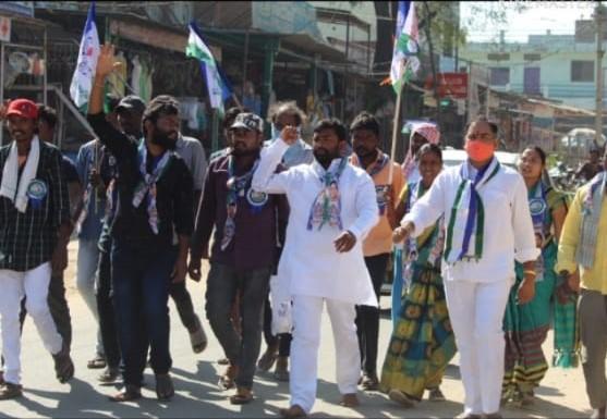 Bhukya Govind Nayak | Govind Nayak | State Secretary of YSRCP | State Leader | Parliament Incharge of Adilabad | Member of Parliament Convenor | Active Member | YSRCP | Chintakunta | Sirpur T | Old-Adilabad | Adilabad | Sirpur | Telangana | theLeadersPage