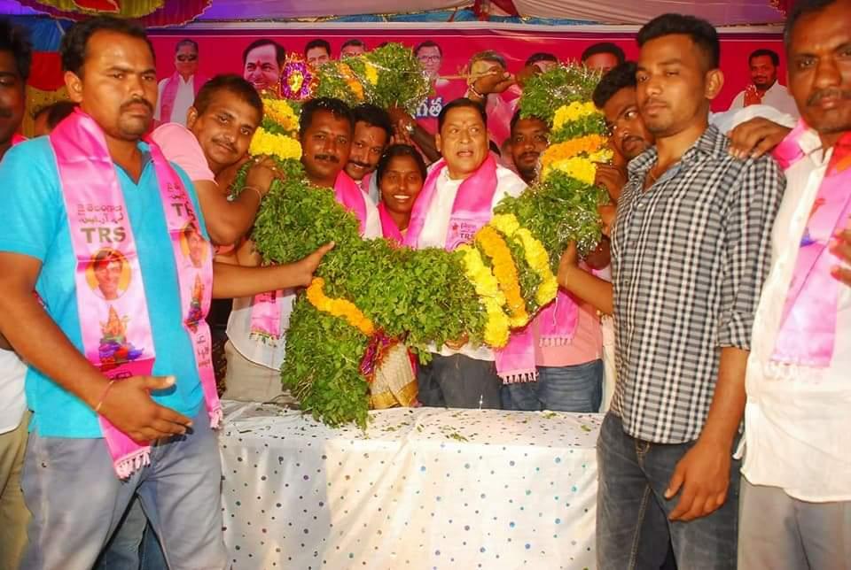 Ponnoti Balaji   Mandal General Secretary   Active Member   Active Leader   Telangana Movement   Social Activities   INC   BJP   TRS   Danthalapally   Mahabubabad   Telangana   theLeadersPage