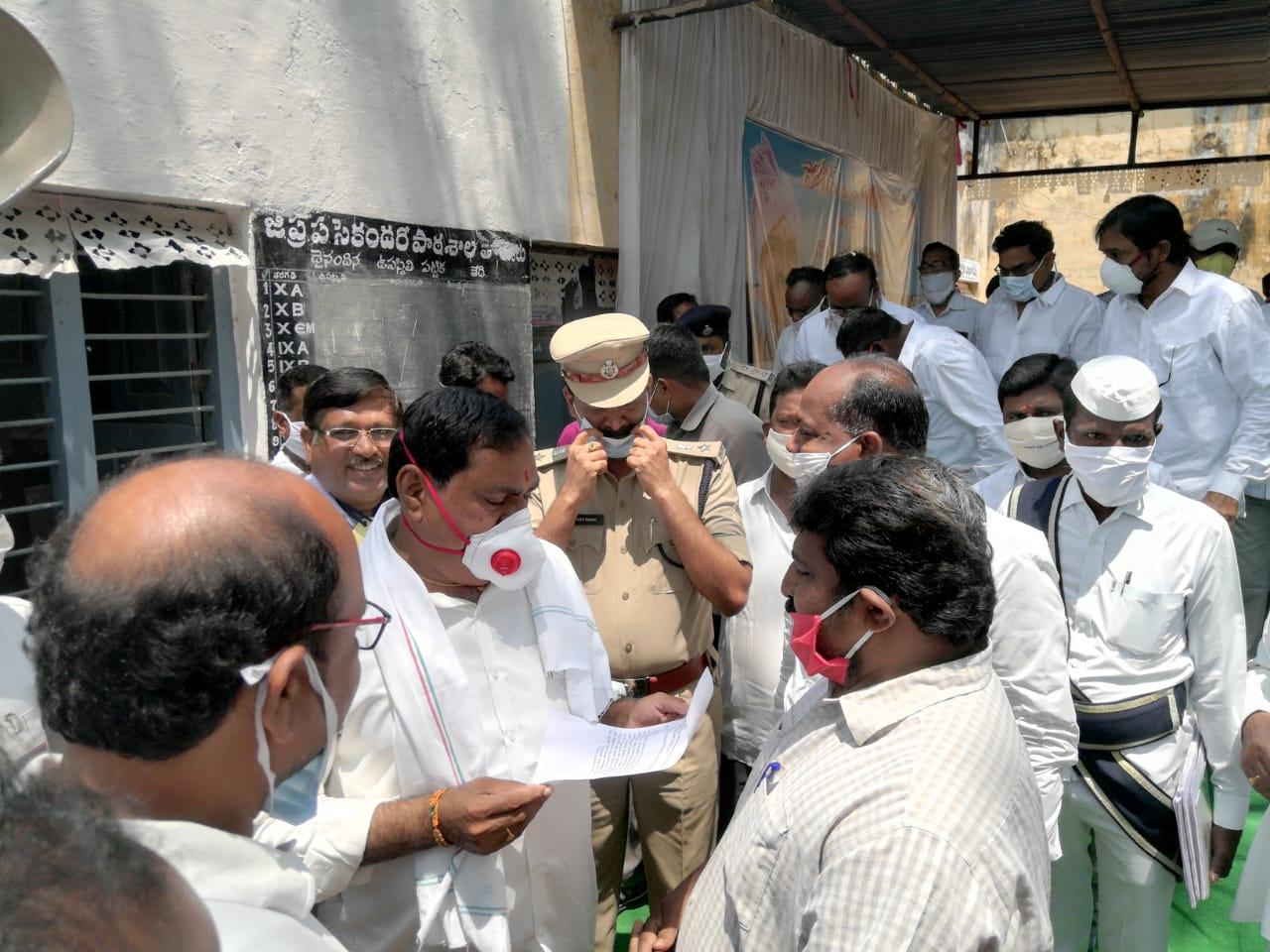 Kasthuri Pulendar | Pulendar | BJP OBC Morcha District President | Active member | Cheif Secretary | Secretary | Co-Convener | Social Activist | Chinnamupparam | Thorrur | Palakurthy | Mahabubabad | Telangana | BJP | theLeadersPage