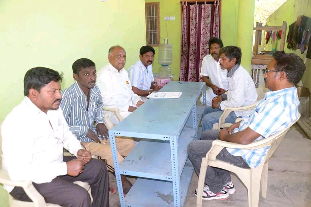 Maddela Srinivas | Srinivas | Telangana Contract Labor Union State General Secretary | Telugu Youth Town Vice President | Ward Member | Ward President | Ward Incharge | TDP | TRS | Godavarikhani | Ramagundam | Peddapalli | Telangana| theLeadersPage