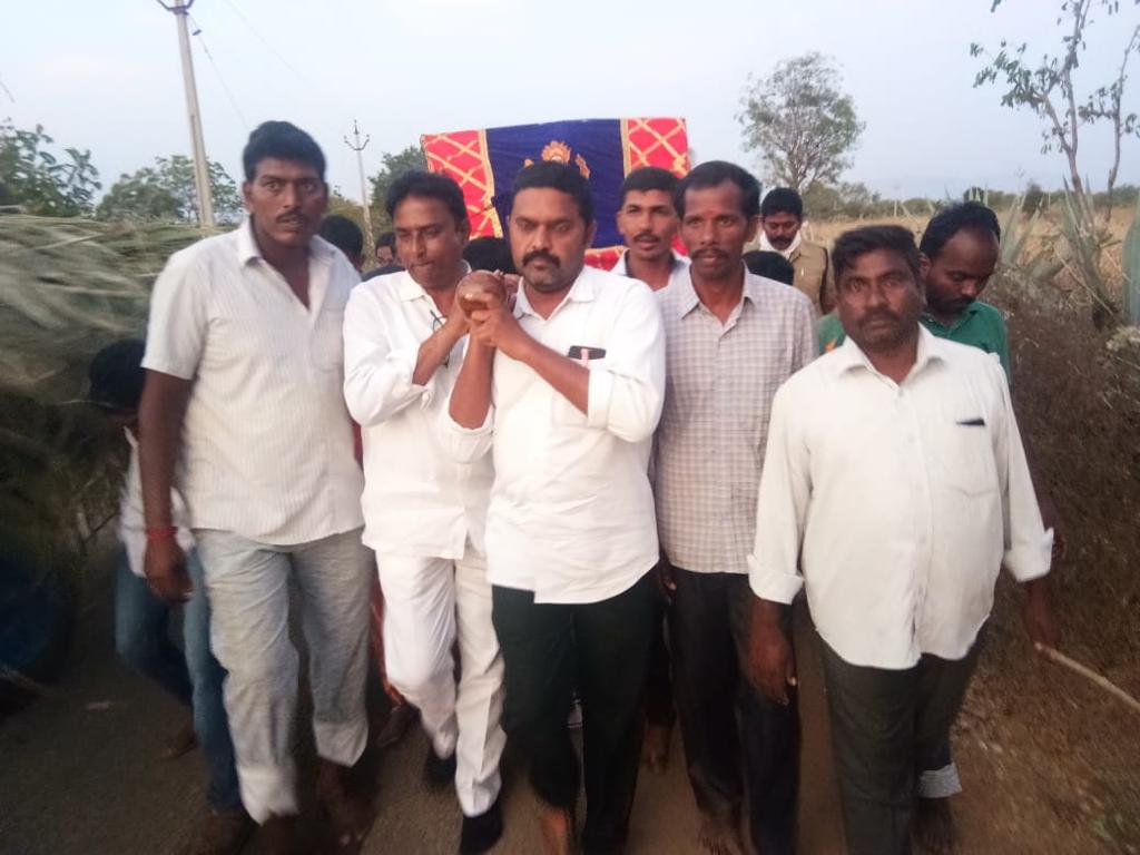 Poli Reddy Subba Reddy | YSRCP State Secretary | YSRCP | Congress | TDP | DYFI Youth Leader | MPTC | Member of the Working Committee | District Secretary | Town Secretary | District President of DYFI | Single Window President | Director of Co-Operative Central Bank | Party Activist | Social Activist | Kasthurirajupalli | Lakkireddypalle | Rayachoti | Kadapa | Andhra Pradesh | theLedaersPage