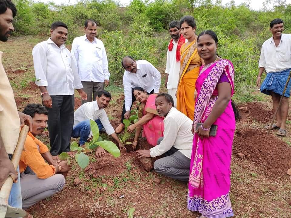 Vadithya Shiva Kumar | Mandal Executive Member | TDP | TRS | District General Secretary of Akhila Bharatha Seva Sangh | Mandal General Secretary | Banjara Youth President | Social Activist | Izarachittampally | Mominpet | Vikarabad | Telangana | theLeadersPage