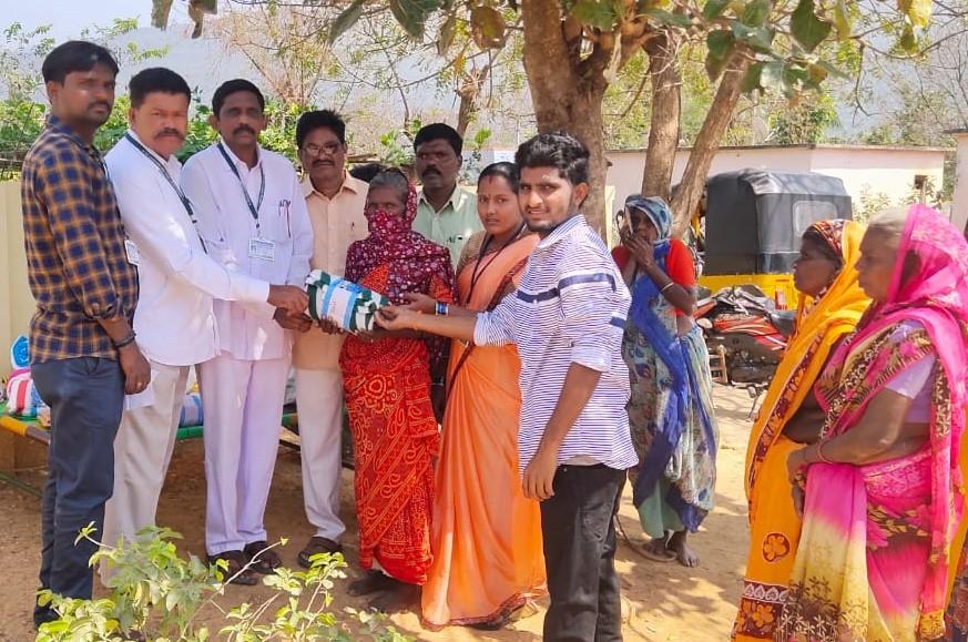 J.N.Andraiah(Y.S.R.Jagananna Seva Trust) | Vice-Chairman of Andhra Pradesh State Handicapped Association | Founder and Chairperson of Y.S.R.Jagananna Seva Trust | Social Activist | Active Member | M.gollapalli | Chitvel | YSR Kadapa | Rlykodur | Andhra Pradesh | YSRCP | theLeadersPage
