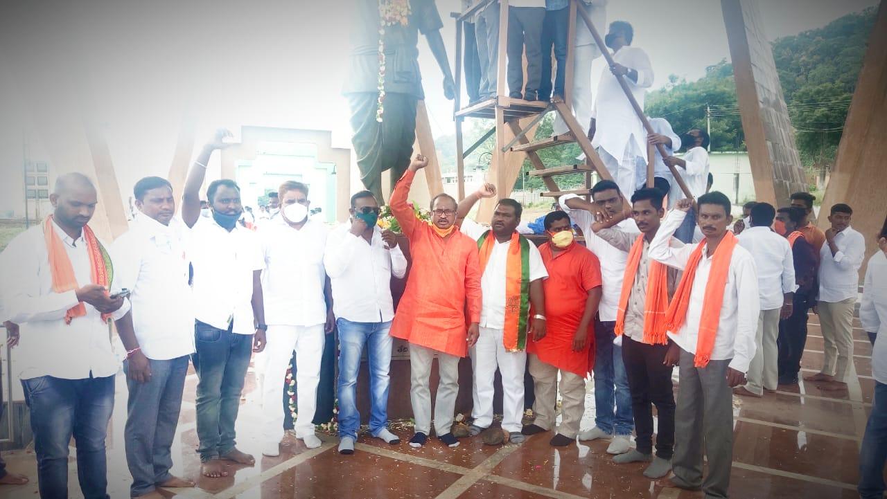 Gorre Raju | BJP Ramagundam Corporation General Secretary | ABVP Member | Incharge | Town Vice-President | Town Secretary | Bagh Convenor | Corporation Secretary | General Secretary of Bharatiya Janata Dalit Morcha | Vice President to Bharatiya Janata Dalit Morcha | Administrative In-Charge | Ramagundam NTPC | Ramagundam | Peddapalli | Telangana | ABVP | BJYM | BJP | theLeadersPage